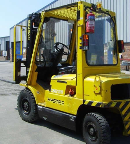 FKL102<br>HYSTER H3.00XM   <br>Year: 2004<br>Hours: 7100
