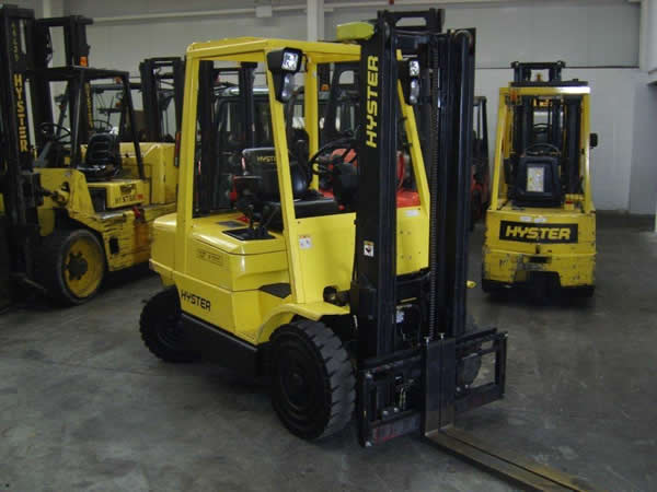FKL103<br>HYSTER H3.50XM<br>Year: 2006<br>Hours: 6100