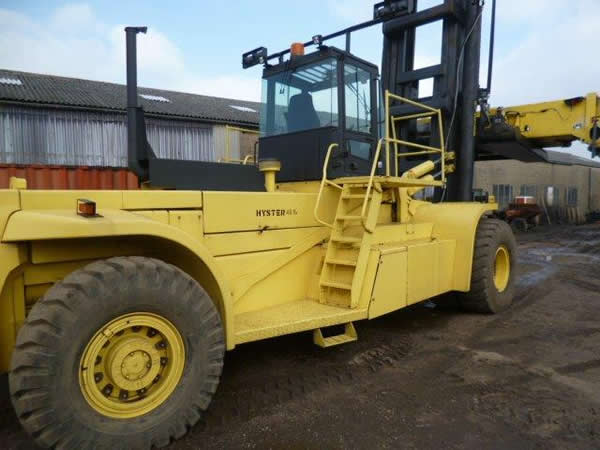 FLC106<br>HYSTER H48 CH4<br>Year: 2000<br>Hours: 11700