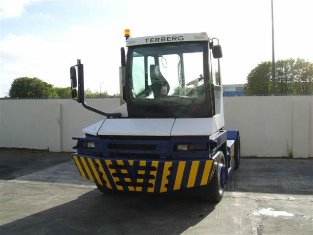 TRA108<br>TERBERG RT 282 LEFT HAND DRIVE  <br>Year: 2010<br>Hours: 11700