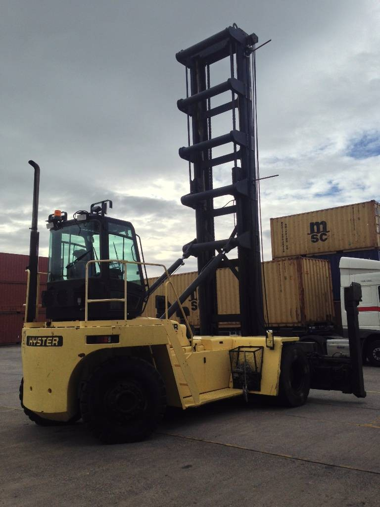 ECH142<br>Hyster H18.00XM 12EC<br>Year: 2005<br>Hours: 9700