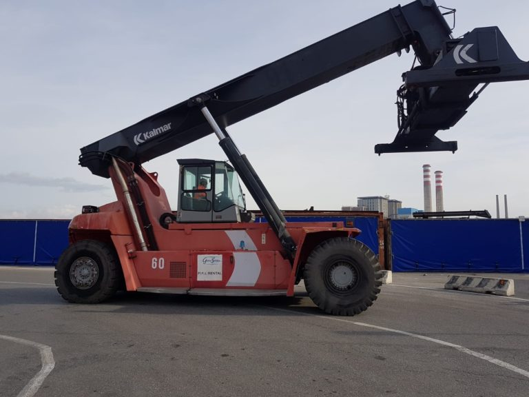 RS276<br>Kalmar DRF45060S5<br>Year: 2008<br>Hours: Circa 15000