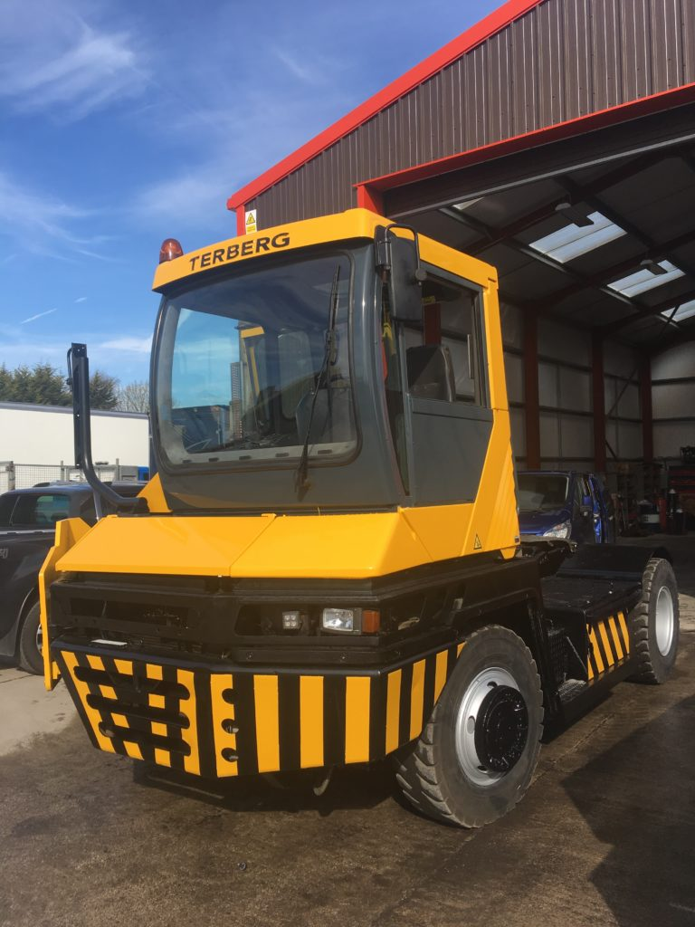 TRA287<br>Terberg RT282 LHD<br>Year: 2010<br>Hours: Circa 12,400